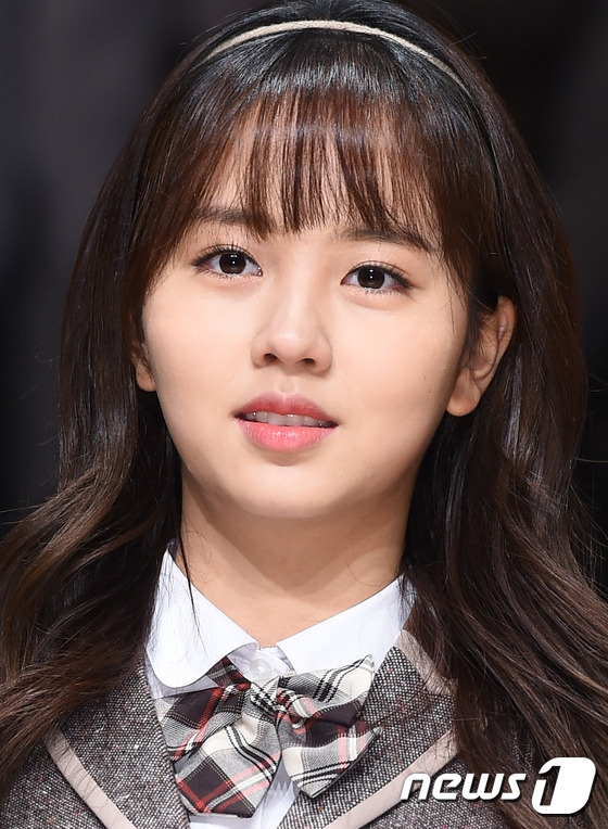 kim so hyun em va cac anh nhom btob that su rat co duyen 4