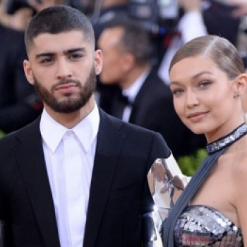 "Sau Taylor Swift, den luot co ban than Gigi Hadid cung bi bo ""da"""
