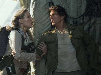 "Tom Cruise chet di song lai trong ""The Mummy"""