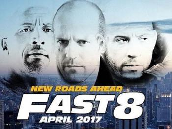 "Vin Diesel phan boi ""The Rock"" va dong doi trong trailer ""Fast 8"""