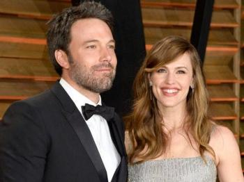 Jennifer Garner bat ngo huy don ly hon voi Ben Affleck